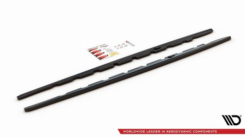 BMW 1 serie F40 sideskirt aanzet V1 glanzend zwart Maxton Design