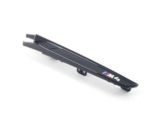 BMW 4 serie F82 M4 en F83 M4 fender covers hoogglans zwart